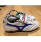 รองเท้าฟุตบอลสตั๊ด Mizuno MRL CLUB
