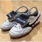 รองเท้าฟุตบอลสตั๊ด Mizuno Made in Japan